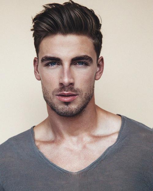 kiểu tóc nam cho mặt tròn 1