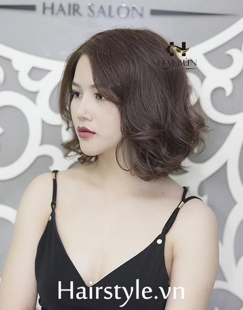 kiểu tóc ngắn uốn đuôi 6